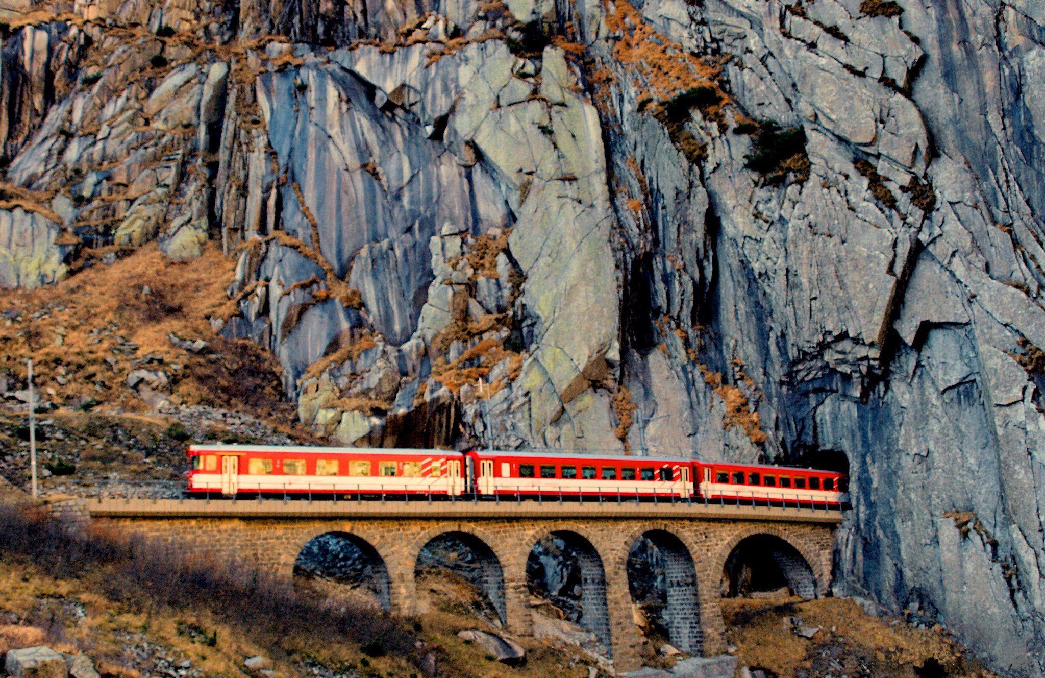 Andermatt train