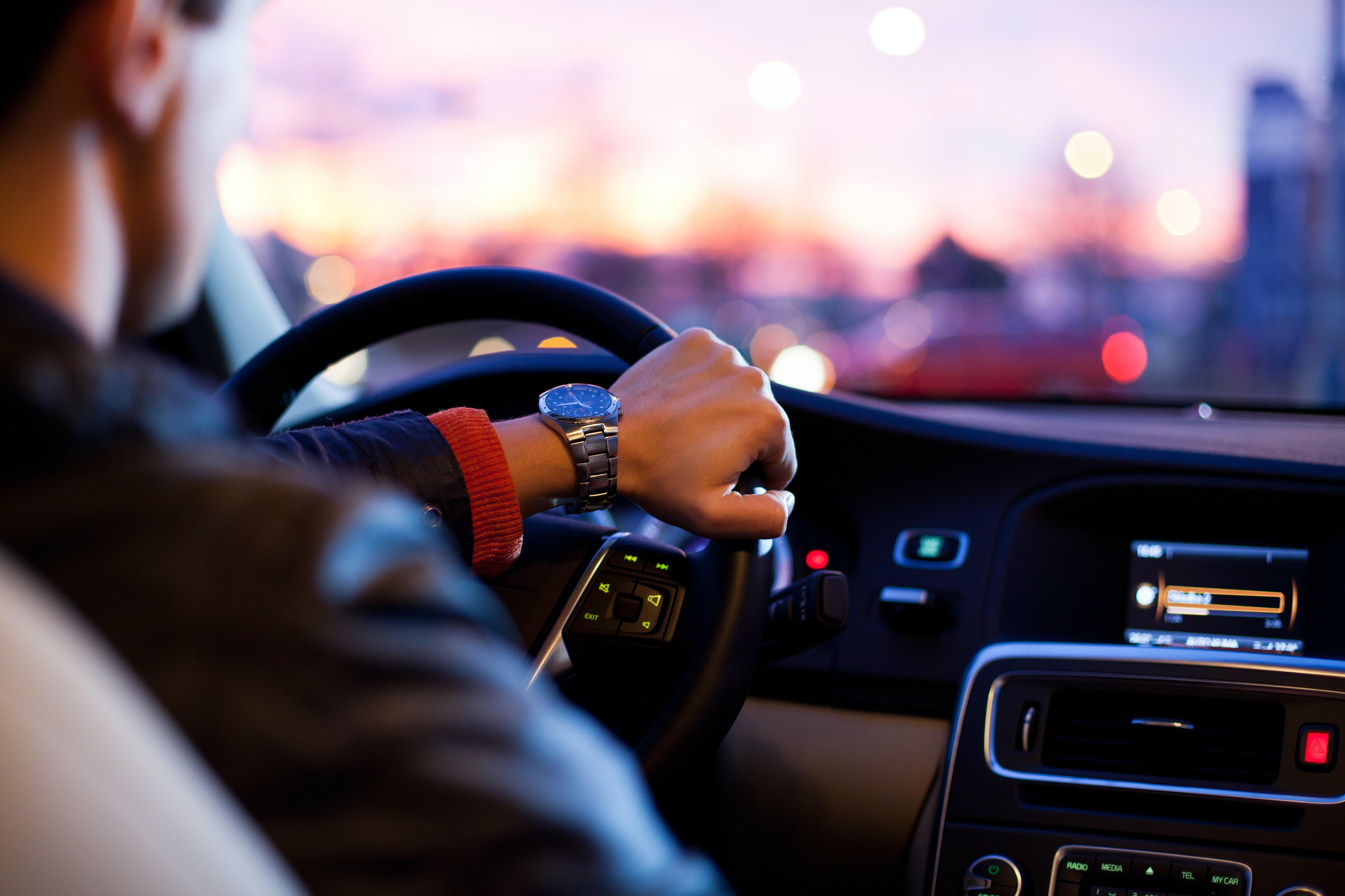 Chauffeur professionnel en Suisse - Quels sont les critères?
